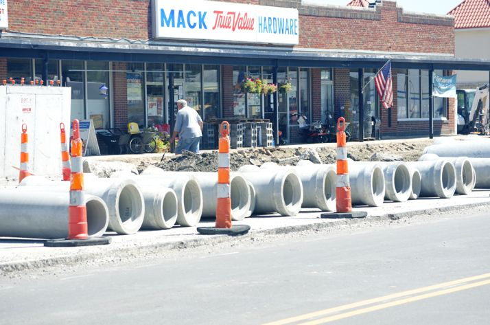 A gas line was snagged this morning in front of Mack Hardware.