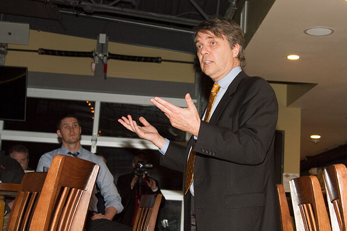 Jeff Colyer addressing the Northeast Johnson County Conservatives in 2016.