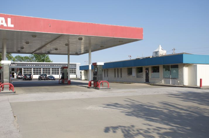 The former Valero station on Johnson Drive apparently will re-open again as a gas station.