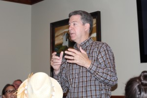 Gov. Sam Brownback talking to the Northeast Johnson County Conservatives in 2016.