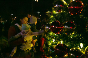 Prairie Village's annual Mayor's Holiday Tree Lighting event returns to Corinth Square Thursday.