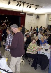 The Roeland Park Community Center was the site of the sold out Spring Wine Fling. A silent auction was included with the food and wine.