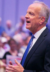 Sen. Jerry Moran at a town hall meeting in Lenexa this month.