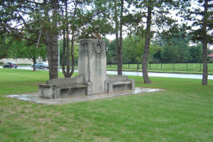 The United Daughters of the Confederacy Memorial at 55th and Ward Parkway. Photo via Kansas City Parks.