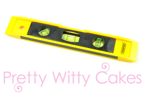 Cake Spirit Level at Pretty Witty Cakes