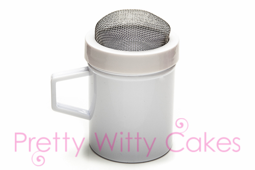Shakers for Cakes at Pretty Witty Cakes