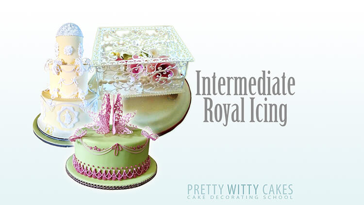 Intermediate royal icing at Pretty Witty Academy