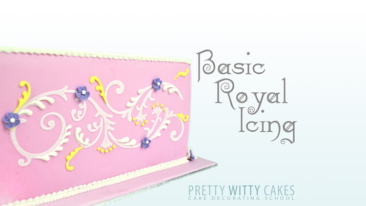 How do I pipe royal icing - royal icing beginners course at Pretty Witty Academy