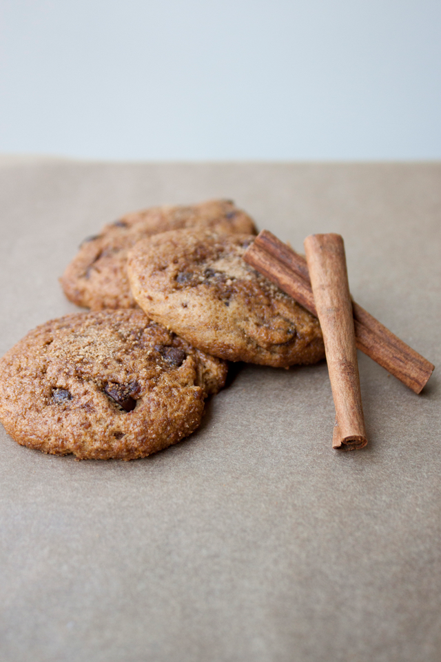 Pumpkin Chocolate Chip Snickerdoodles (Vegan, Gluten-Free and Refined Sugar-Free) by Vegan À La Mode
