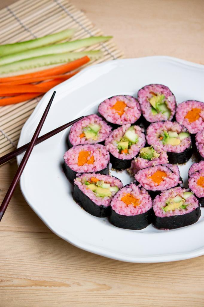 Vegan Pink Sushi