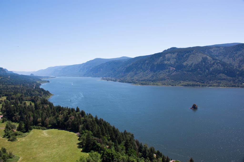 View of Cascade Locks Oregon