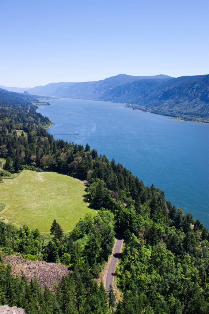 Cape Horn Overlook. Amazing view of the Columbia River Gorge