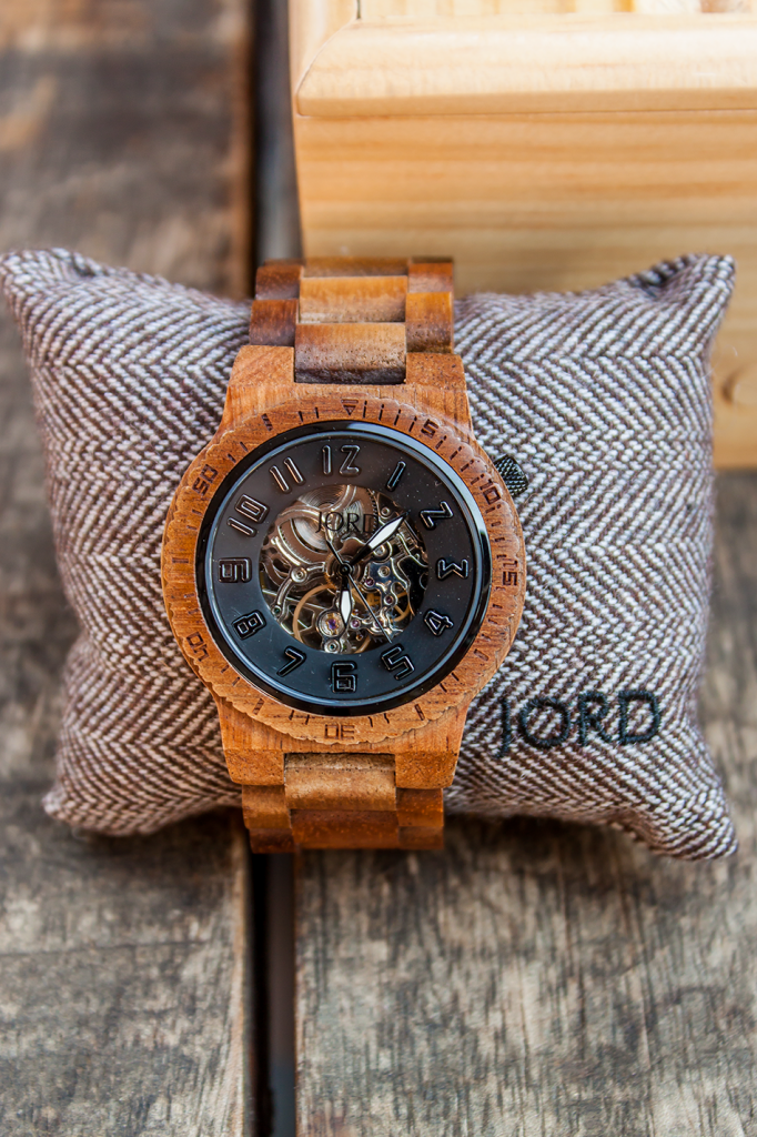 Perfect gift for your man eco-friendly watch