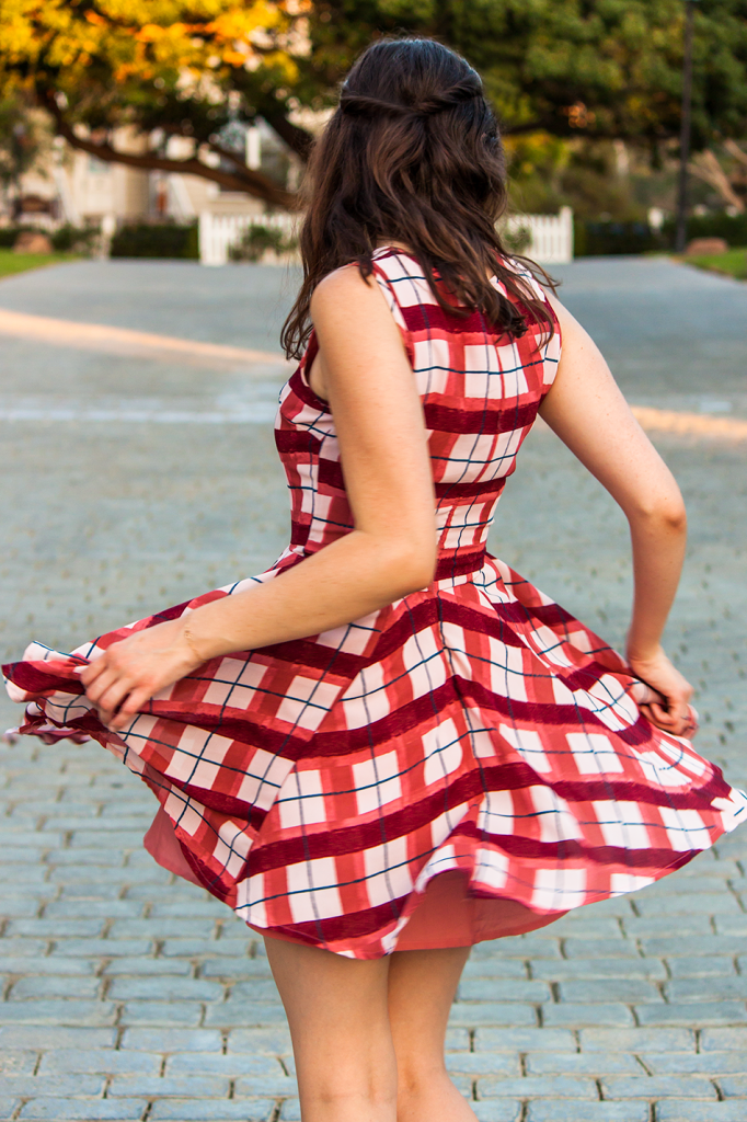 Feminine pink plaid dress for fall