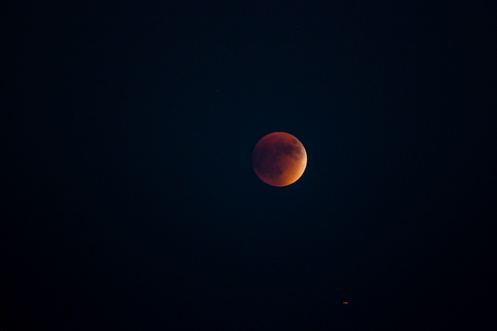 Bloodmoon supermoon eclipse