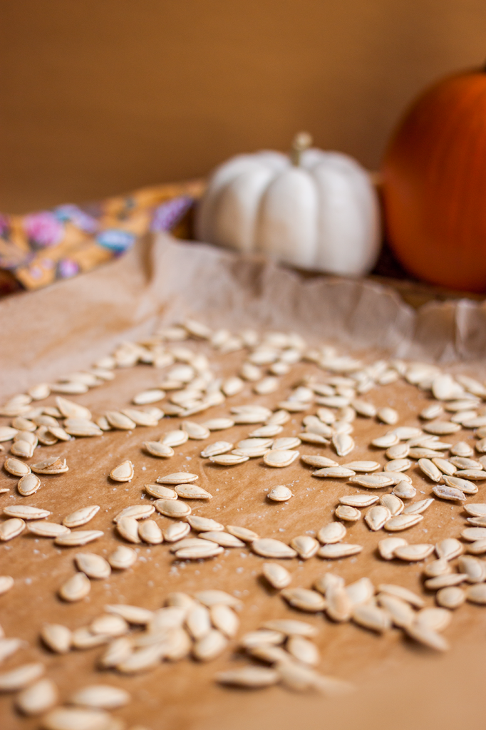 Crispy roasted pumpkin seeds (Gluten-Free and Vegan)