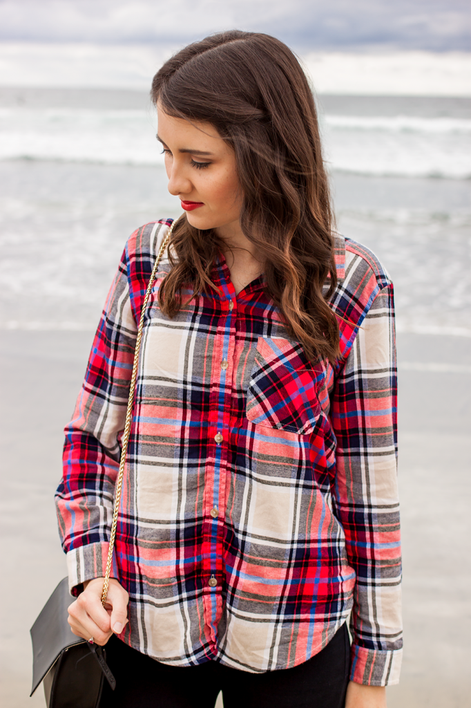 Christmas red plaid flannel shirt #AEOStyle