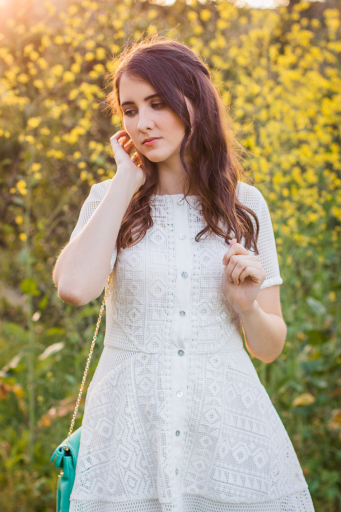 Cute white lace dress for summer