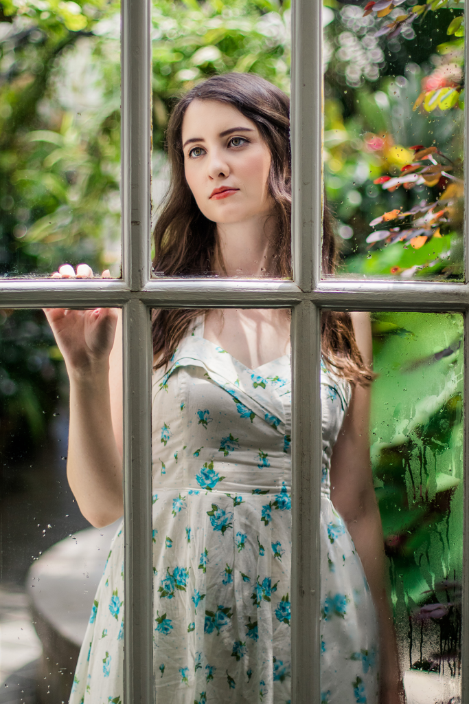 Conservatory of Flowers | Botanical Garden | Golden Gate Park | San Francisco | Vegan Travel | Vegan San Francisco | Vintage | Dress | Retro | Fashion | Cruelty-Free | Outfit