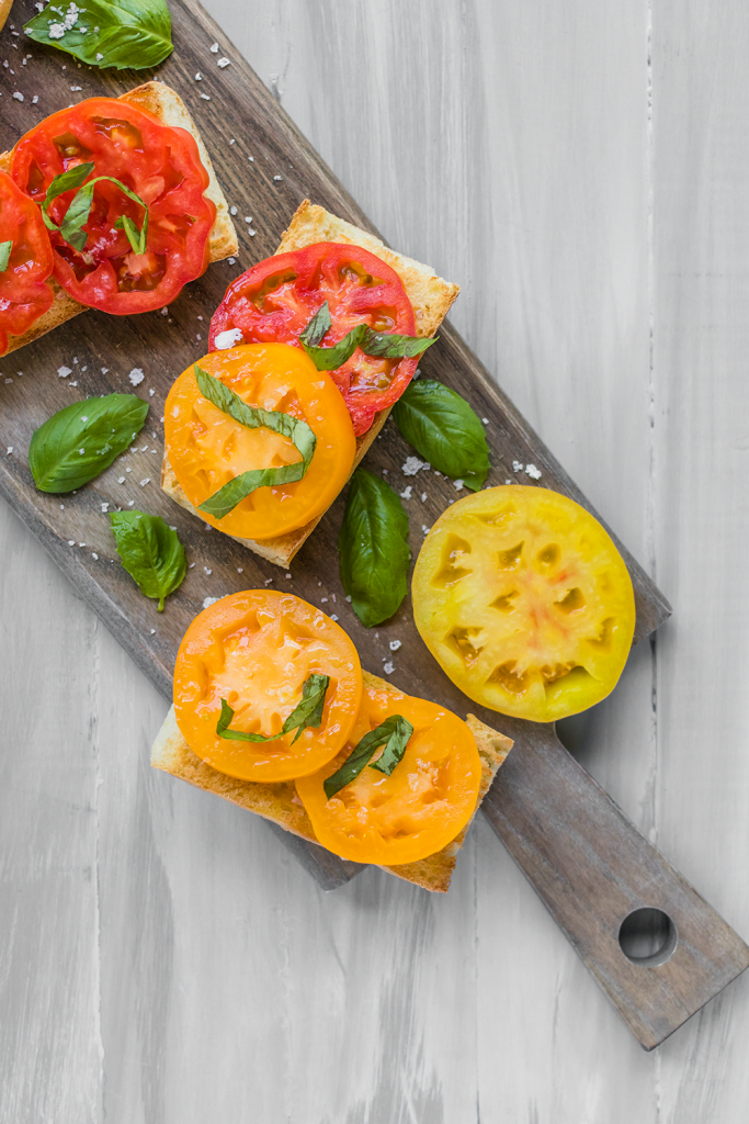 Gluten-Free Heirloom Tomato Toast Recipe by Vegan À La Mode