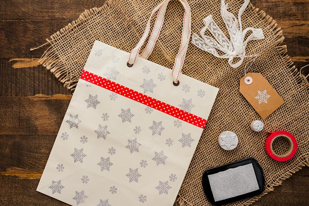 DIY Holiday Gift Bags