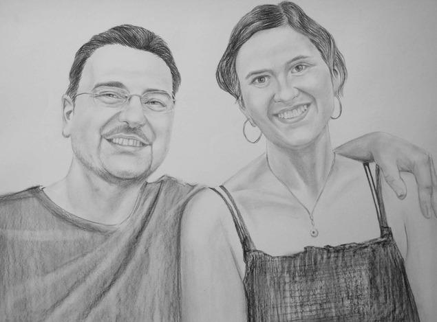 foto di due persone come il disegno a carboncino