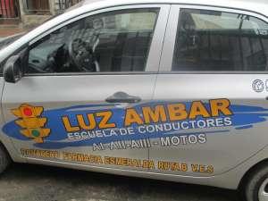 Escuela de Conductores Luz Ambar