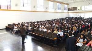 Conferencista Peruano