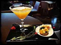 Dreams Bar and Lounge