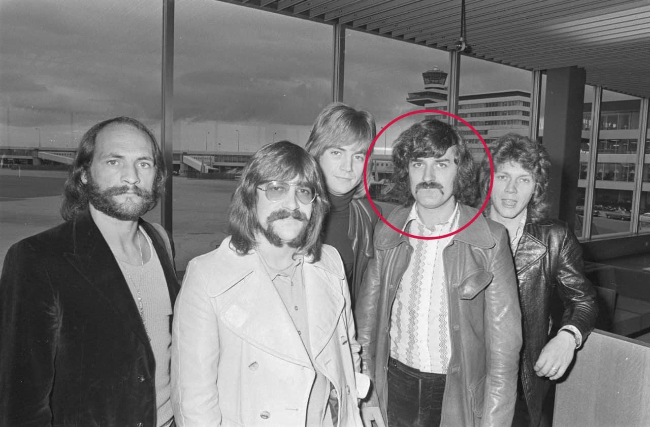 Moody Blues Icon Ray Thomas Dead at 76