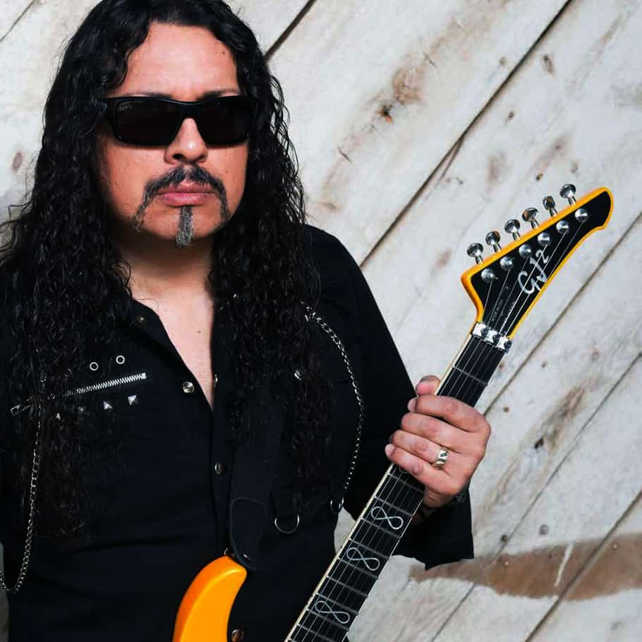 Stryper's Oz Fox Suffers Seizure On Stage