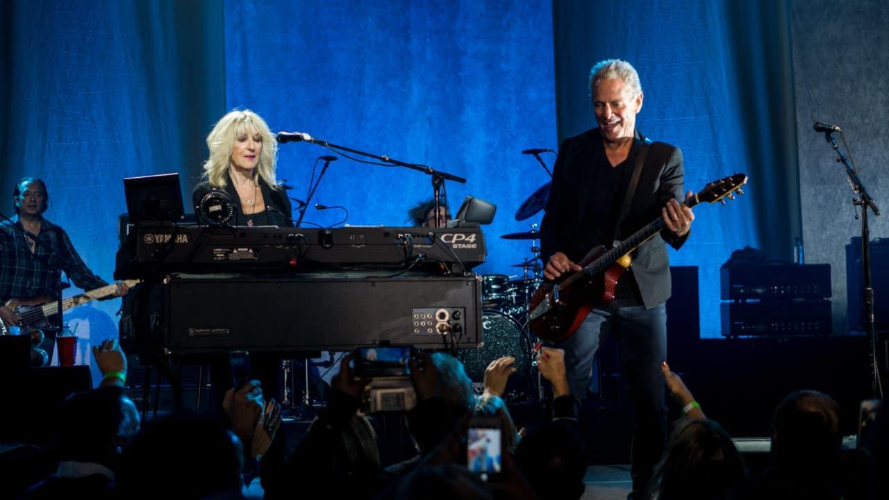 Reason For Fleetwood Mac Split Revealed