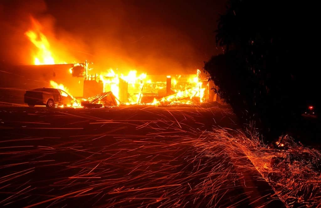 Driving through Hell? Video: Woman Drives through the California Wildfire