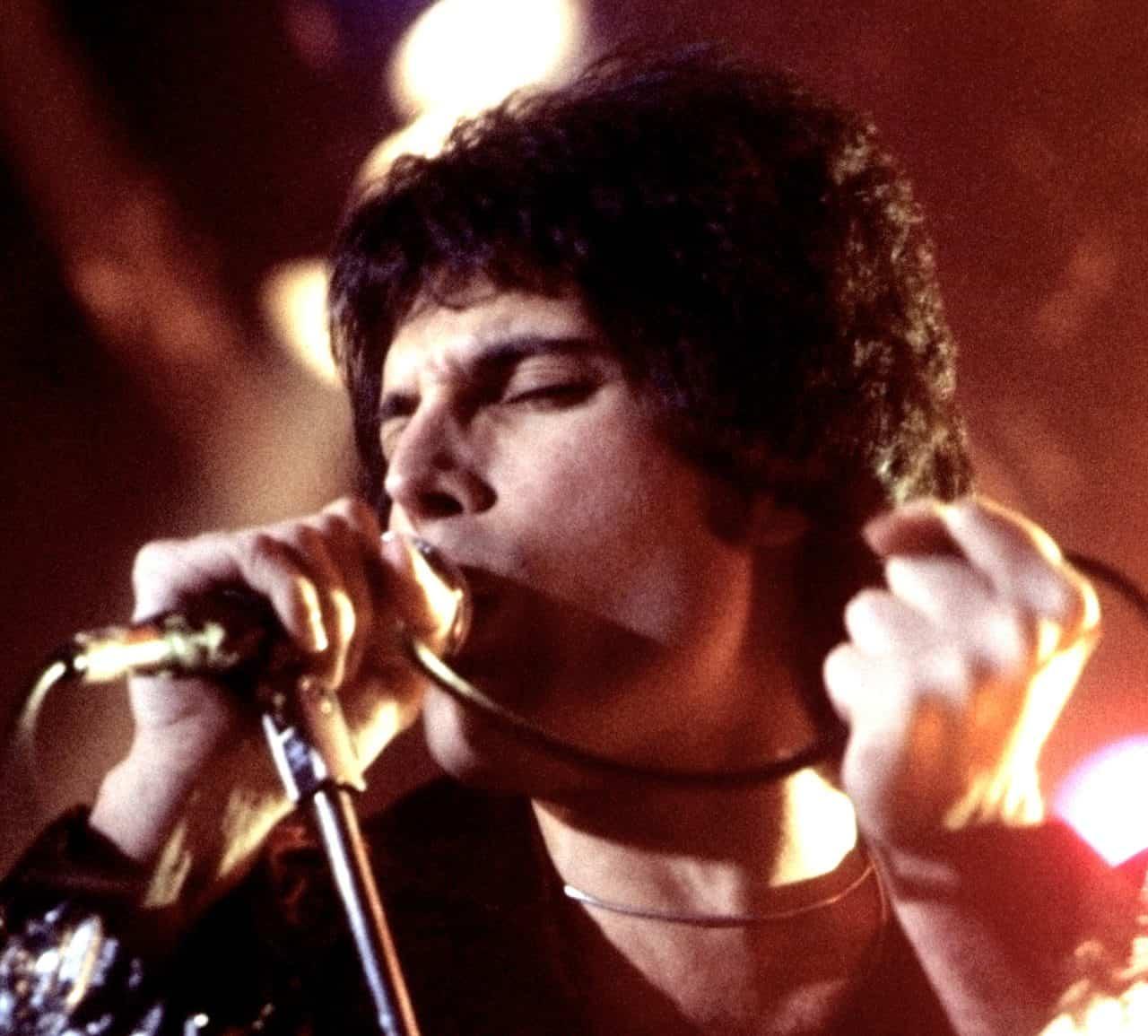 Freddie Mercury Singing 1978: Carl Lender