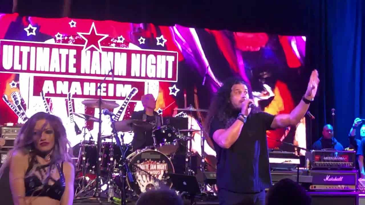 Video: Van Halen's David Lee Roth's Eat Em' And Smile Band Reunite