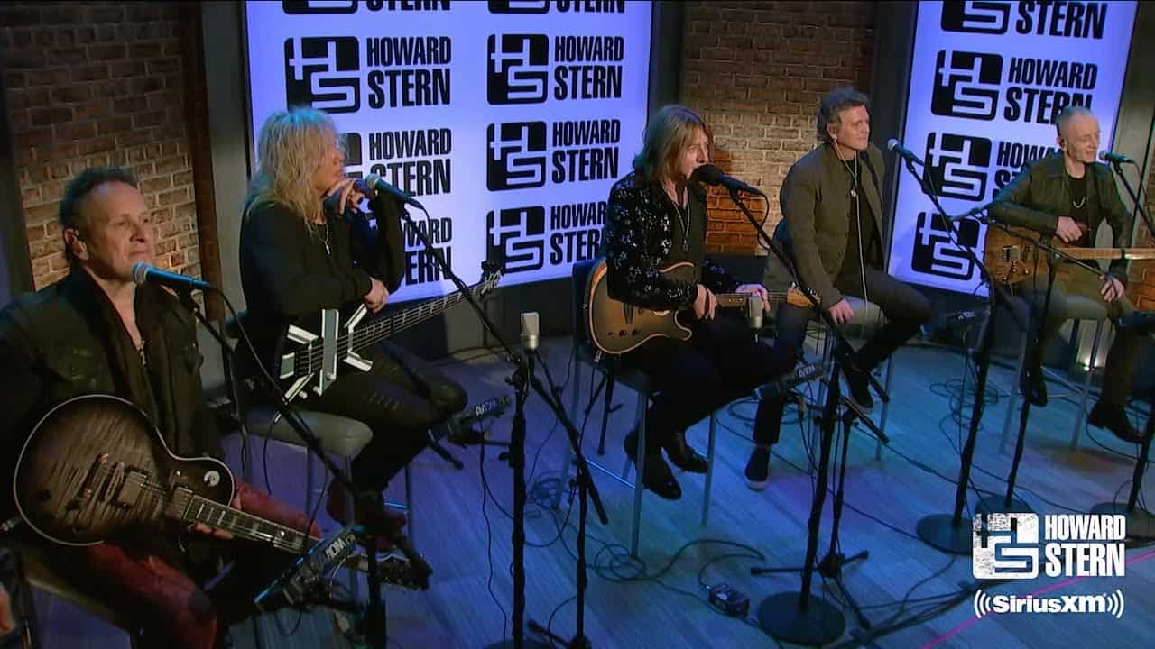 VIDEO: Def Leppard Cover David Bowie Classic For Special Performance