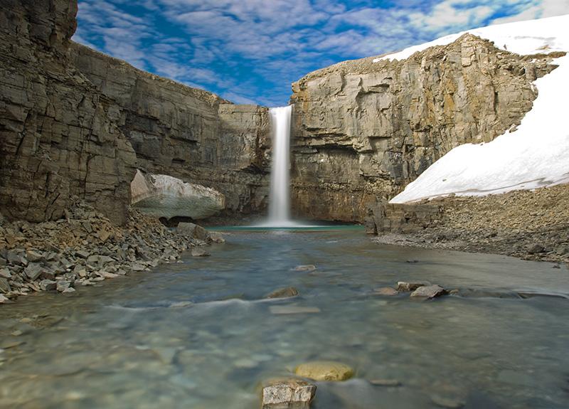 Nansen_waterfalls