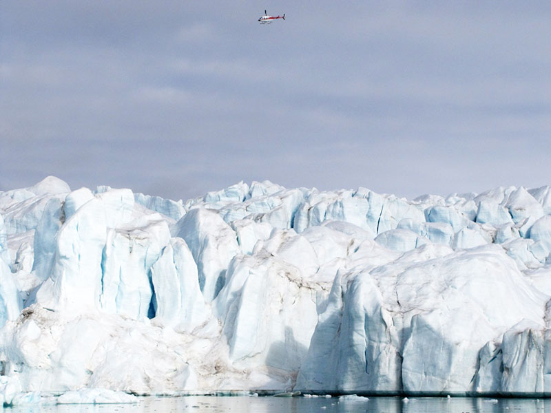 Flightseeing opportunities in the Arctic - photo credit: Bart Sears