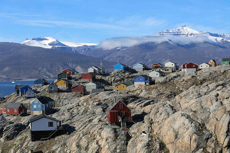 Uummannaq houses. Photo credit: Liz Teague