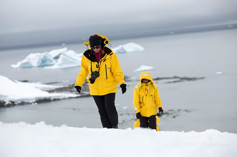 Make sure your gear and personal belonging are covered when you book your Antarctic trip insurance.