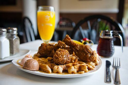 Dame's Chicken & Waffles