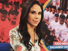 65f0f3f31 Captan a Paola Rojas mudándose sola tras polémica por video de Zague