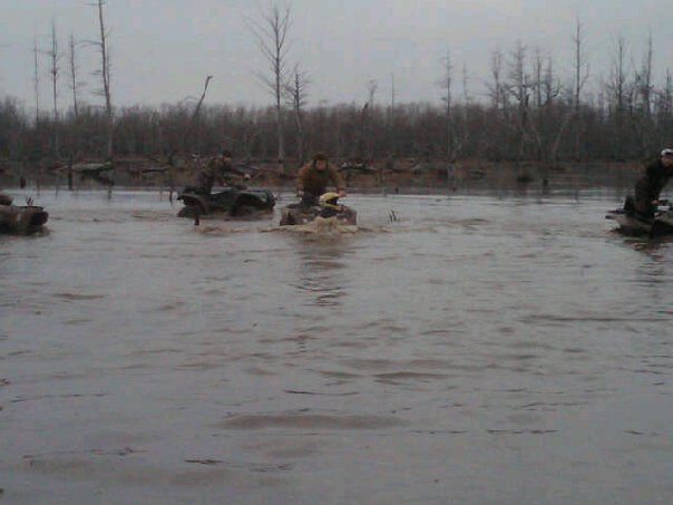 SRB'z doin water wheelies at the Sunflower river