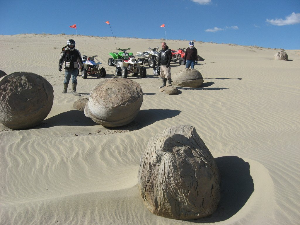 Moon rocks at KillPecker dunes
