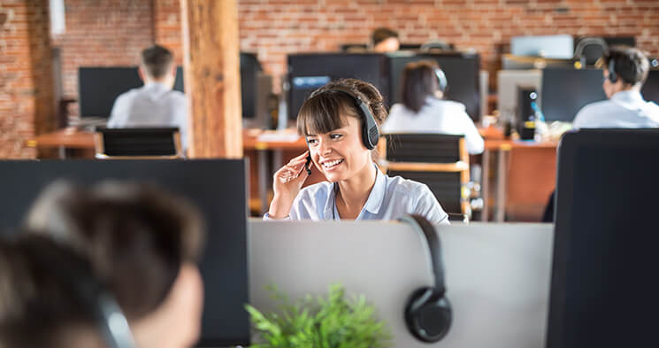 5 ways to improve your customer service experience