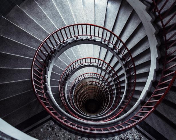 infinite_stairwell_span02.jpg