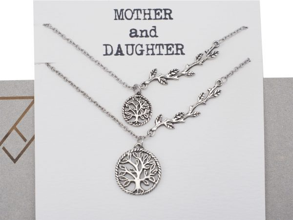 Quinnlyn - Strong - Roots - Momther - Daughter - Card - Pendant - Tree
