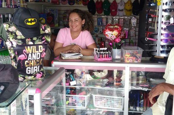 Opportunity International Client Rosario González