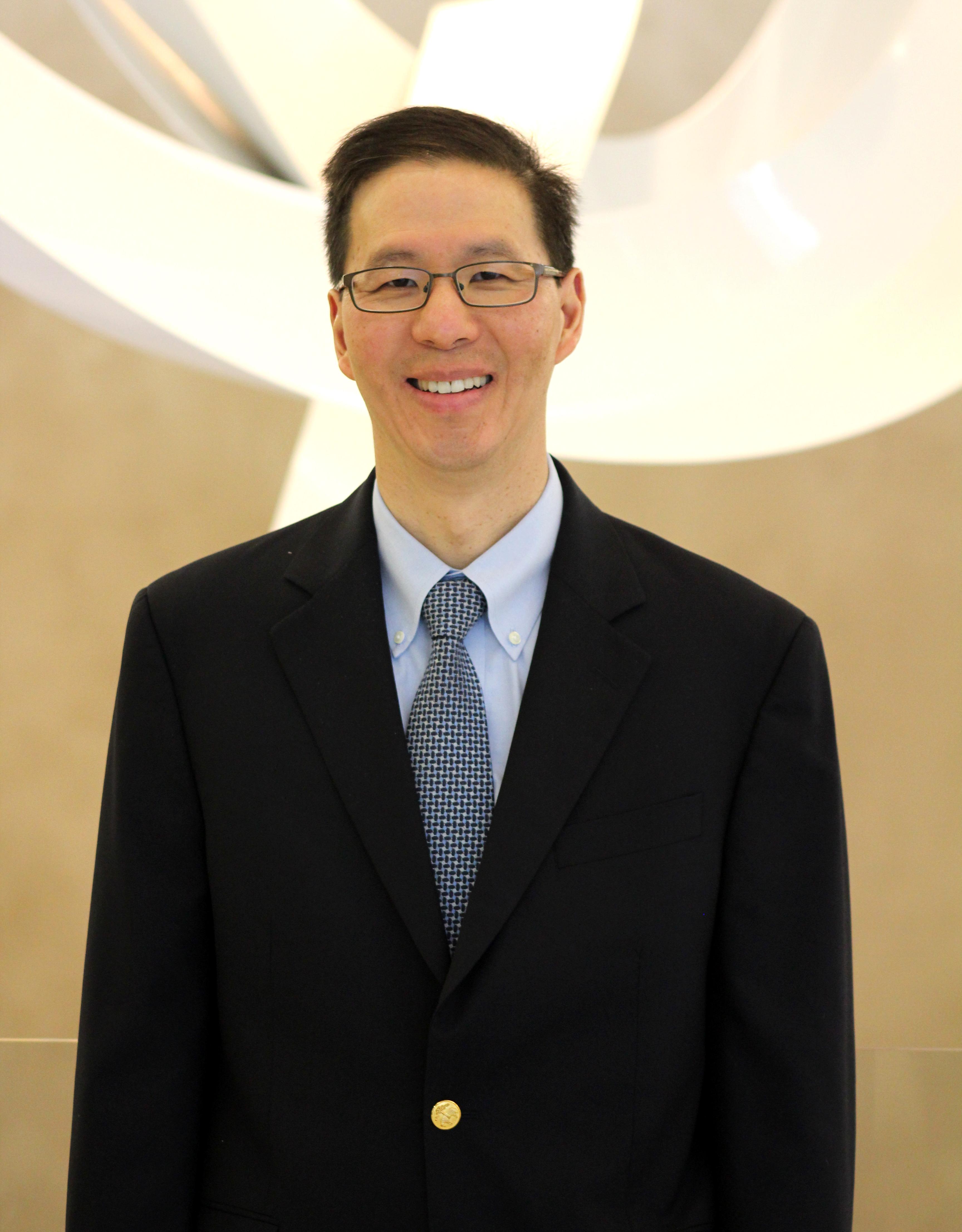 Abbott Huang, MD