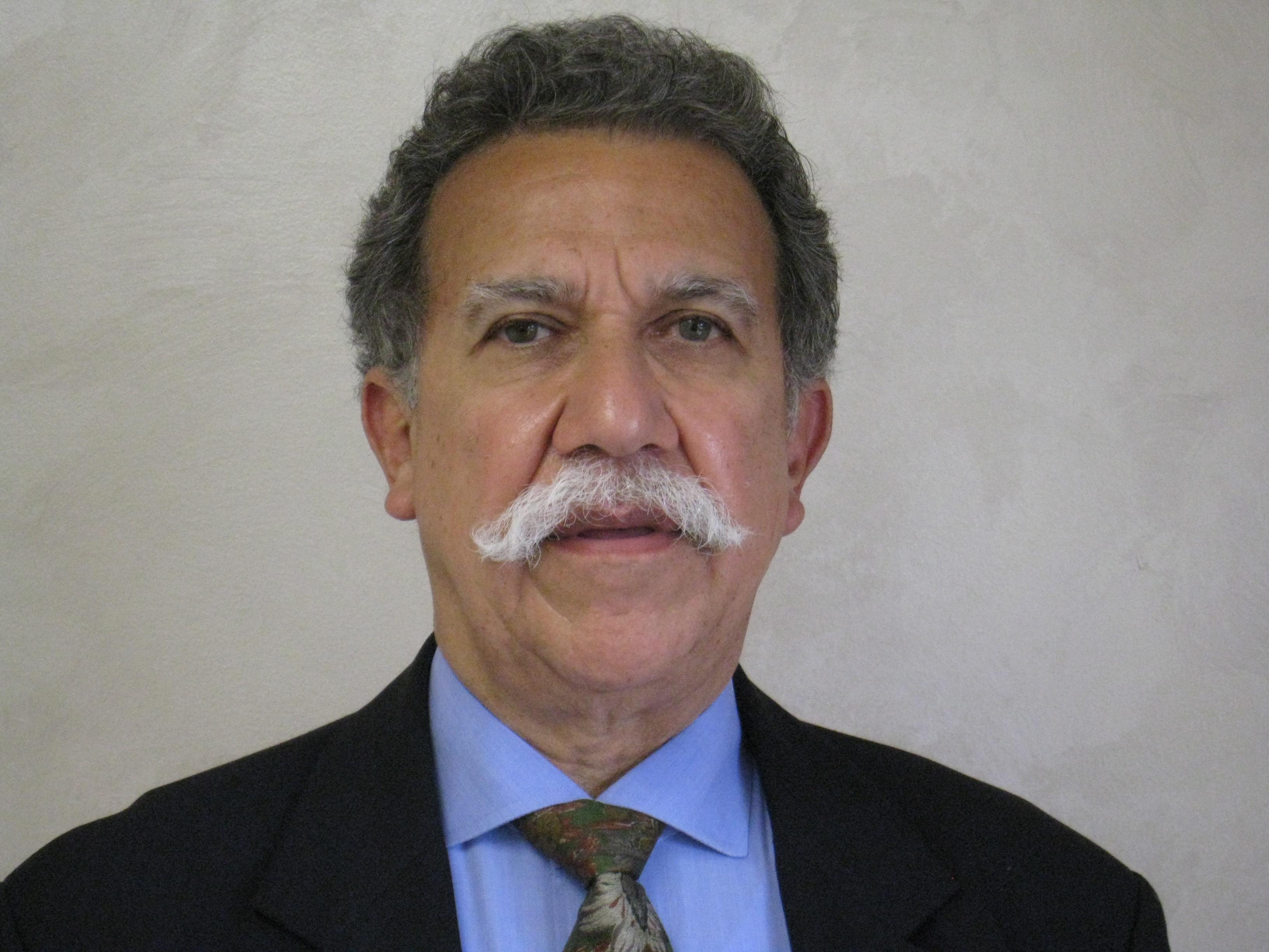 Luis Zuniga, MD